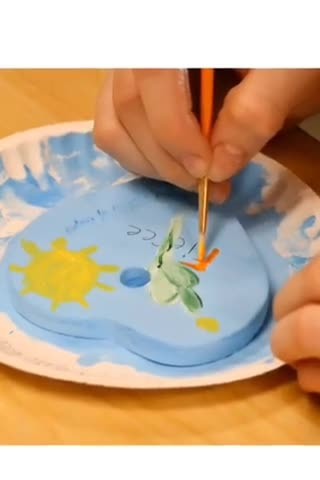 Ray Middle School Art Club creates Hearts of Hope